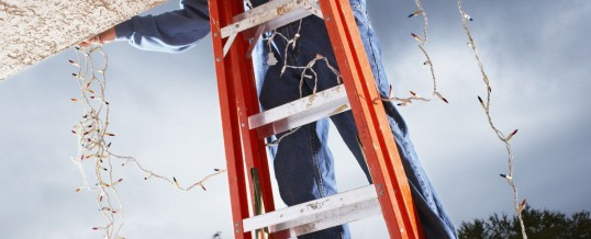Warm Up before tackling those Christmas Decoration and DIY projects advise NZ Chiropractors